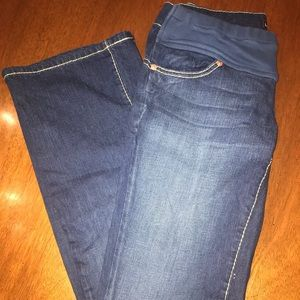 Isabella Oliver maternity jeans. Size 2.